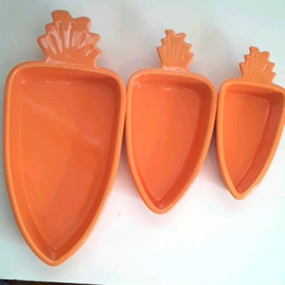 Carrot Shaped Casserole Dish 3 pc